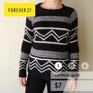 Forever 21 Women's Patterned Sweater Black & White